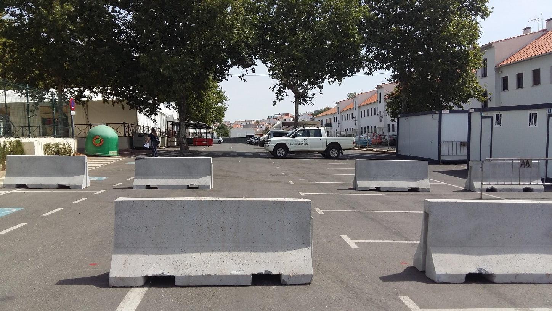 Por primera vez, se han colocado bloques de hormigón como medida de seguridad