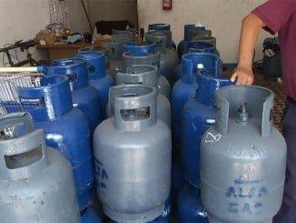 El término fijo del gas licuado se mantiene en 1,57 euros al mes