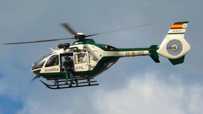 Un helicóptero de la Guardia Civil ha participado en las labores de búsqueda del desaparecido