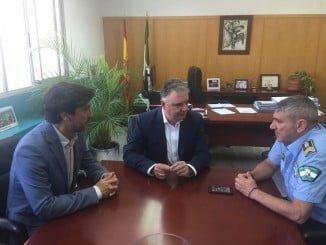 Reunión del Jefe de la Policía Local y Gaviño con el delegado del Gobierno