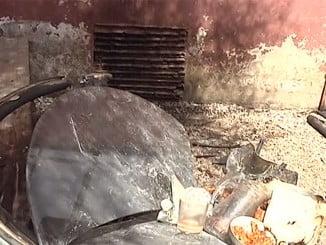 En este estado quedó la zona en que se produjo la deflagración en el Hotel de Tarifa