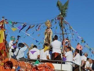 La Virgen del Carmen embarcará en la Canoa de Punta, seguida por barcos engalanados