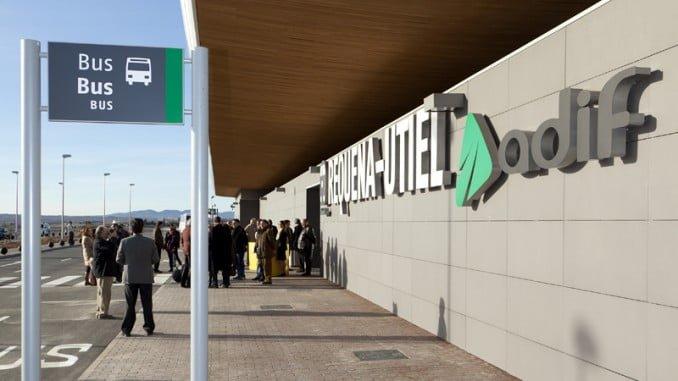 Los trabajadores de la empresa Seguridad Integral Canaria S.A., adjudicataria de los servicios de Vigilancia y Seguridad en la empresa Pública ADIF, que controlan la seguridad de los viajeros, denuncian irregularidades en esta empresa