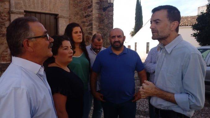 Antonio Maillo con los alcaldes de Zufre y La Granada de Riotinto