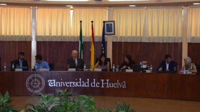 Primer Consejo de Gobierno de la rectora de la UHU, María Antonia Peña