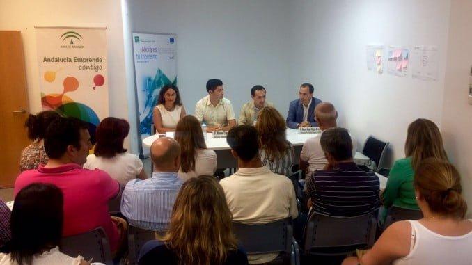 El delegado de Economía ha explicado en Valverde la línea de ayudas para empresas