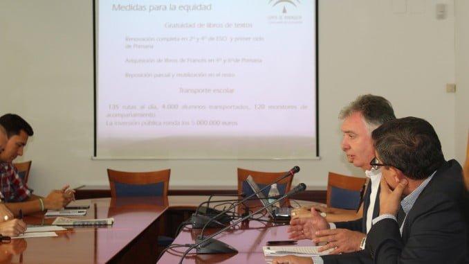 El delegado del Gobierno y el de Educación han ofrecido los datos del nuevo curso escolar en Huelva