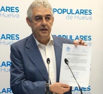 El portavoz municipal en Gibraleón, Manuel Gómez Martín