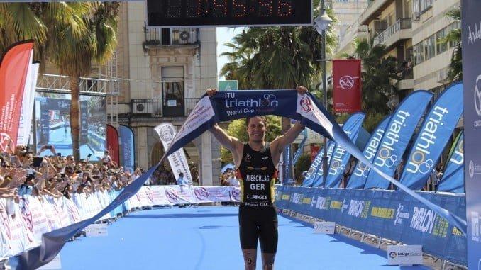 El alemán Justus Nieschlag se proclama vencedor de la Copa del Mundo de Triatlón