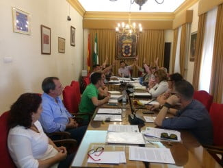 Sesión plenaria en Valverde del Camino, en donde se ha aprobado que sea municipio libre de impuesto de sucesiones
