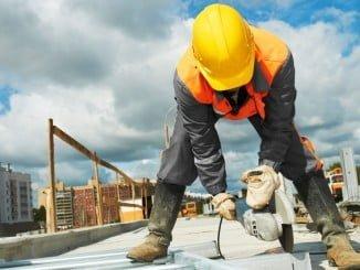 Huelva contabiliza en  octubre 990 trabajadores menos en la construcción