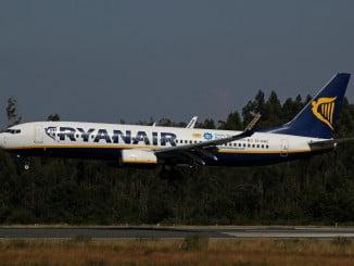 La aerolínea dejará inoperativos 25 aviones de los 400 que componen su flota