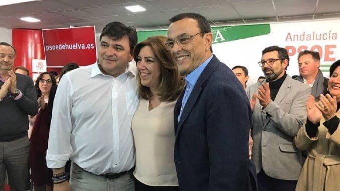 Ignacio Caraballo junto a Susana Díaz y Gabriel Cruz en un acto del PSOE