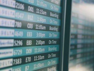 Facua dice que Ryanair hace negocio con las cancelaciones de los vuelos