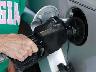 El precio de la gasolina es un 2,85% más alto respecto al año pasado