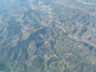Vista aérea del incendio de La Nava facilitada por el Infoca