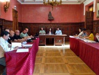 La subdelegada del Gobierno y el alcalde de Ayamonte han presidido la Junta Local de Seguridad