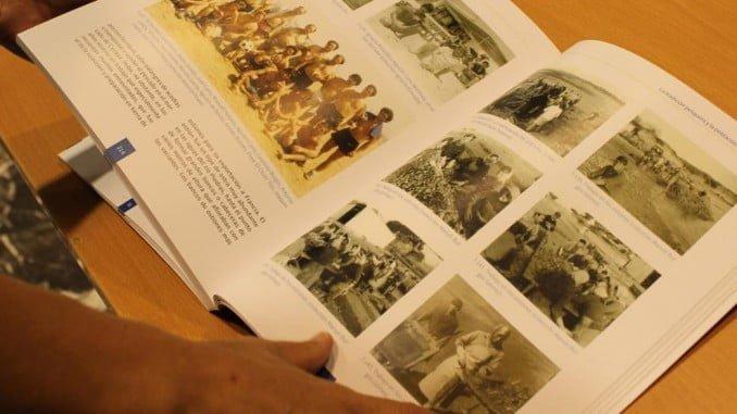 El libro ´El Rompido Historia y Tradición´ analiza el entorno geográfico de la desembocadura del río Piedras, lo que se denomina 'la flecha´