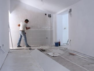 Se amplía la inverión para obras de arreglo de las viviendas municipales de Pérez Cubillas