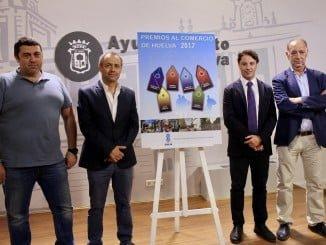 Presentación en el Ayuntamiento de los Premios al Comercio