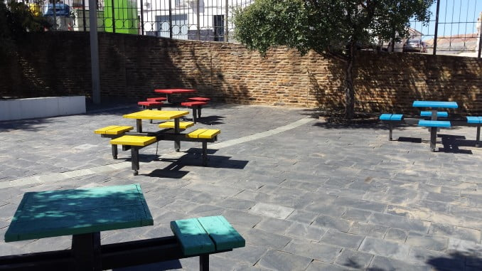 Los parques infantiles de Nerva hay que adaptarlos.