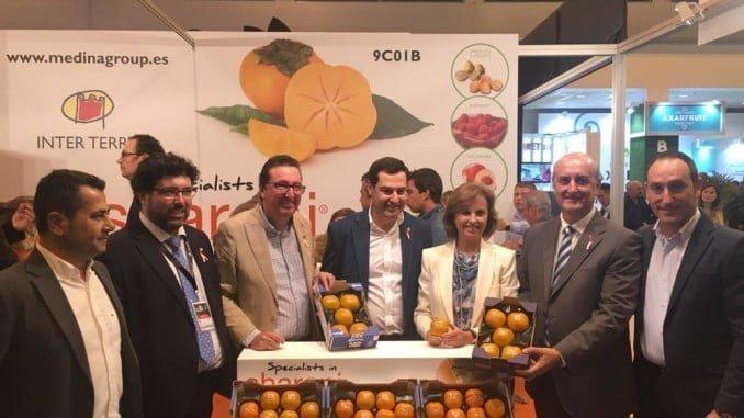 El alcalde de Lepe junto a los presidentes del PP de Andalucía y de Huelva en Fruit Attraction