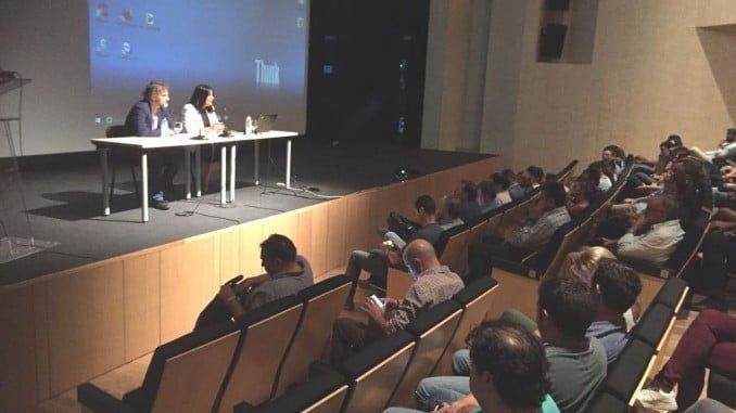 El consejero de Medio Ambiente y la alcaldesa de Almonte inauguran la jormada informativa