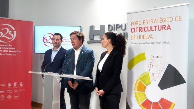 El diputado Ezequiel Ruiz, la alcaldesa de Gibraleón y el presidente de Ecovalia en la presentación del Foro