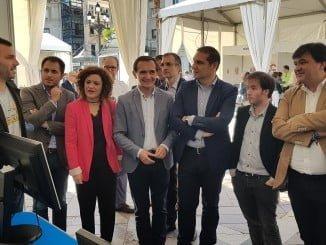 Inauguración de la Feria del Emprendimiento Joven en la Plaza de las Monjas