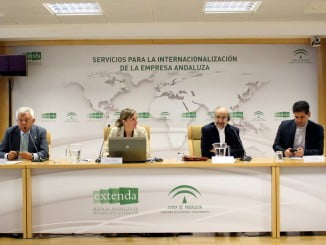 La jornada ha sido inaugurada por la consejera delegada de Extenda, Vanessa Bernad, el embajador de Irán en España y el presidente de la Cámara de Comercio, Industria y Navegación de Sevilla