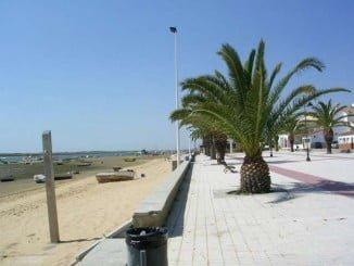 Paseo Marítimo de El Rompido, donde IU propone ubicar la feria gastronómica