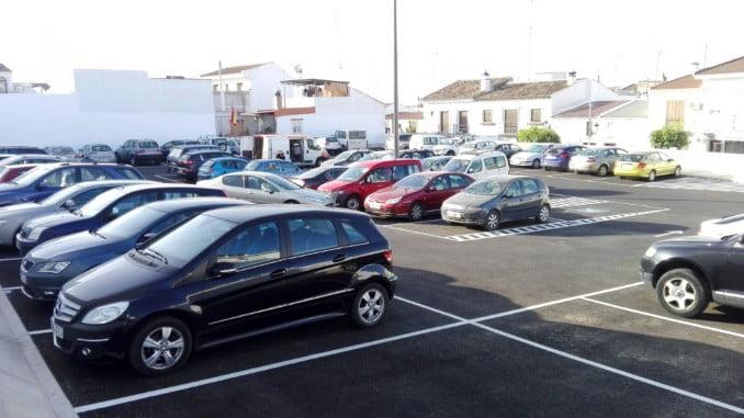 El nuevo parking se encuentra en pleno centro de la localidad almonteña
