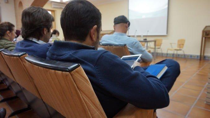 Los cursos se organizan para  facilitar el proceso de modernización de las entidades locales