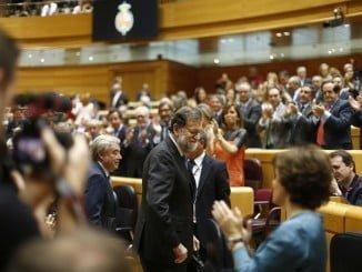 El presidente del Gobierno recibe el aplauso del Senado tras su comparecencia