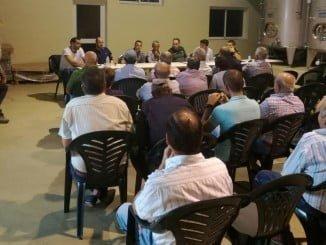 Reunión del Ayuntamiento almonteño con agricultores y Guardia Civil