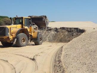 Trabajos en zona de acopio de arena