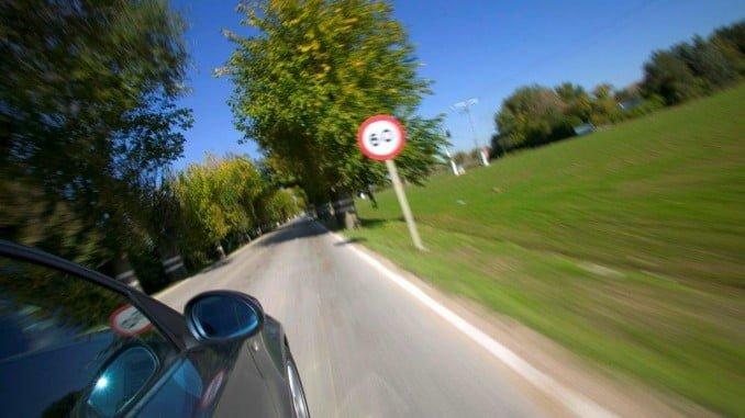 Se vigilará la velocidad, los adelantamientos y el uso del móvil en carreteras secundarias