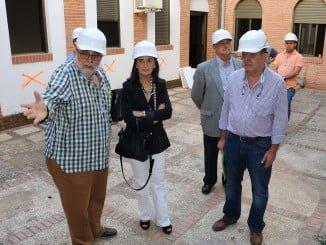Visita de Grávalos a las obras de Subdelegación del Gobierno