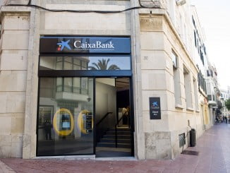 Caixabank dice protegerá los depósitos de sus clienstes