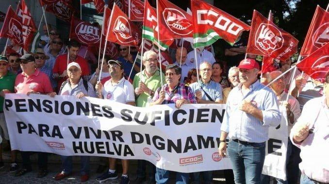 CCOO Huelva en la marcha celebrada en Sevilla para reclamar unas pensiones dignas