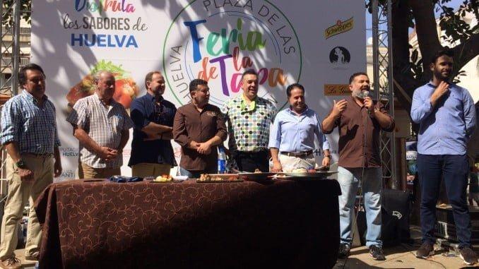 El jurado junto a los ganadores de la Feria de la Tapa