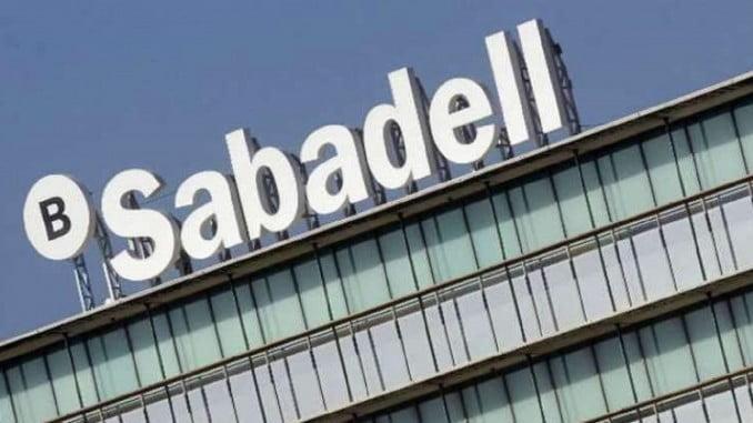 El banco Sabadell cambia su sede a Alicante y abandona Cataluña
