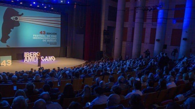 El auditorio de la Casa Colón fue escenario de la gala de apertura de la 43 edición del Festival de Cine Iberoamericano.