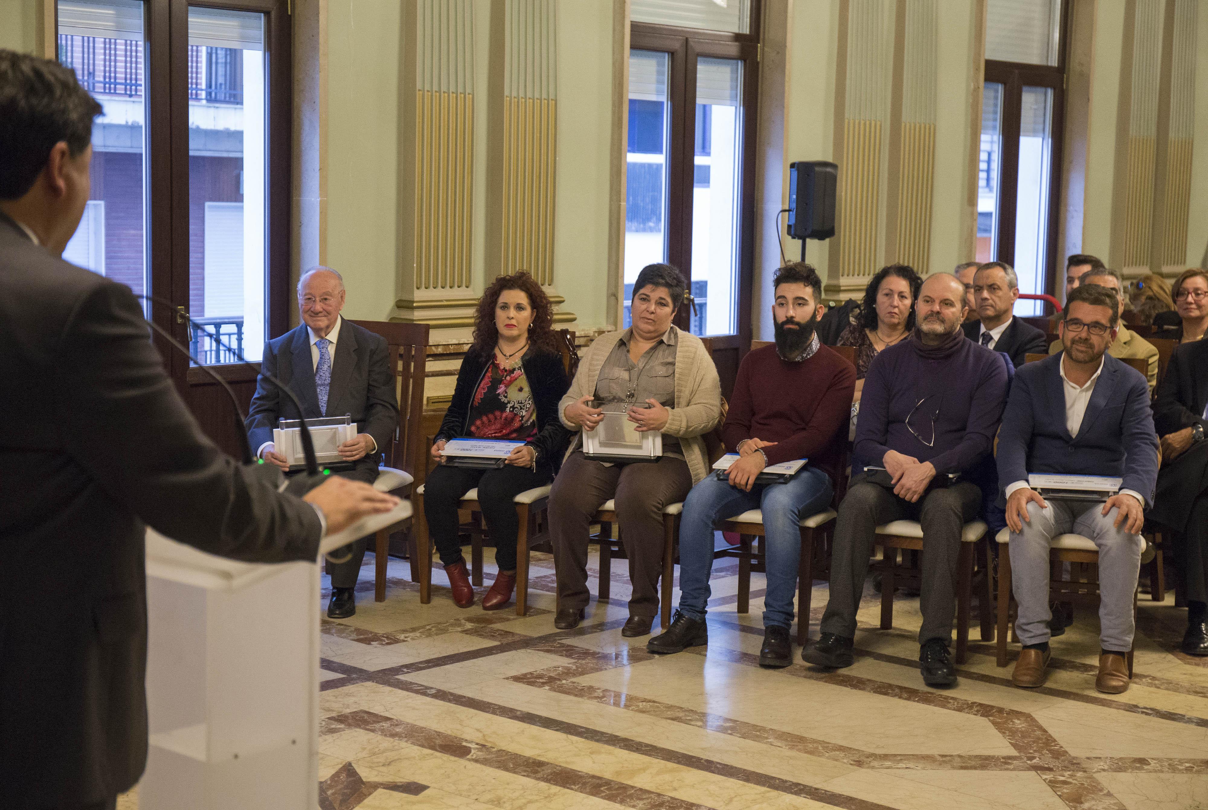 os premios del Comercio, promovido por el Ayuntamiento de Huelva, buscan reconocer la labor de los comerciantes.
