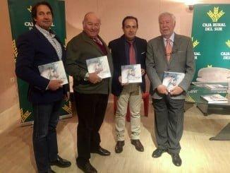 De izquierda a derecha, de pie, Manuel Carvajal, Álvaro Domecq, Manuel Acosta, y García Palacios.