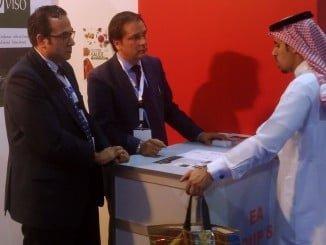 Empresas del sector agroalimentario asisten al Foodex Saudi para promocionarse.