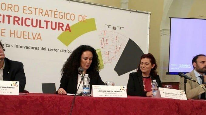 Gibraleón, un municipio con muchas plantaciones de cítricos, ha sido del II Foro del sector en el que se trató la agricultura ecológica.