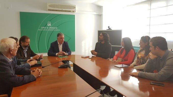 Francisco José Romero, ha mantenido hoy una reunión con los representantes de las seis asociaciones y entidades onubenses que van a recibir una subvención