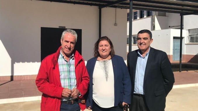 El delegado de Educación en su visita al CEIP San Walabonso de Niebla