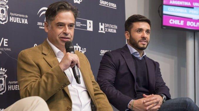 Hugo Lara y Javier González Rubio en la presentación de 'Cuando los hijos regresan'
